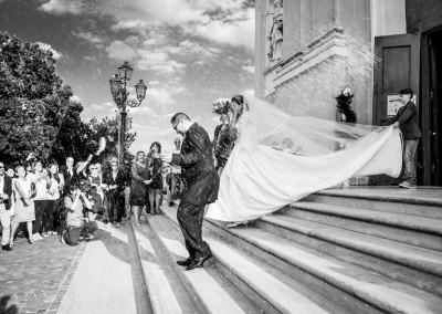 Abbazia di Zola predosa, uscita degli sposi dalla chiesa