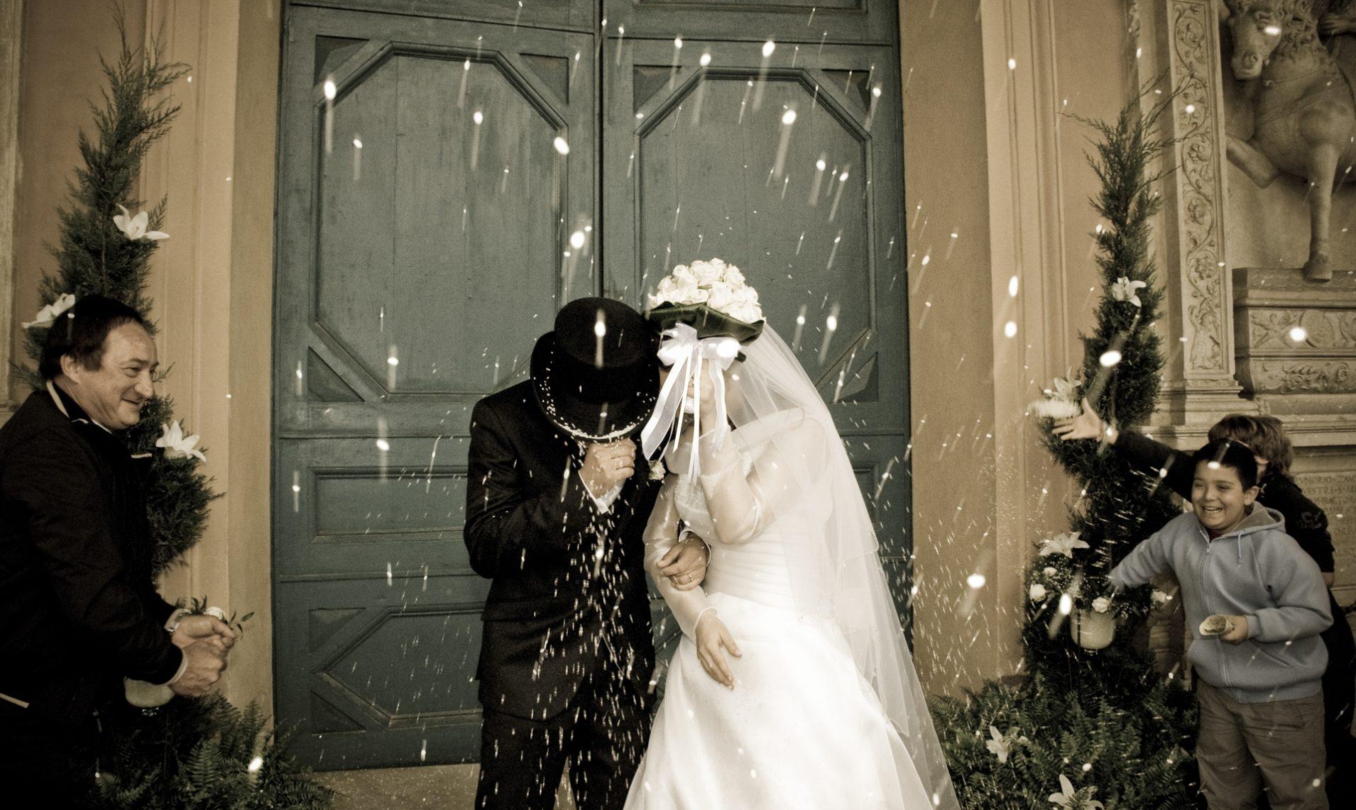 Fotografo di Matrimonio uscita dalla chiesa