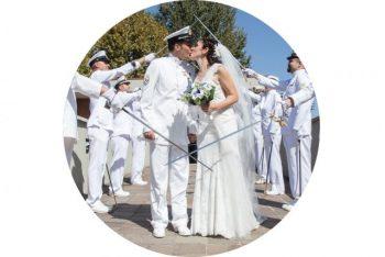 Matrimonio Marina Militare Uscita degli sposi dalla chiesa