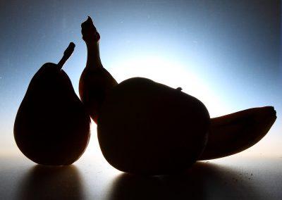 Silhouette di pera, mela, banana