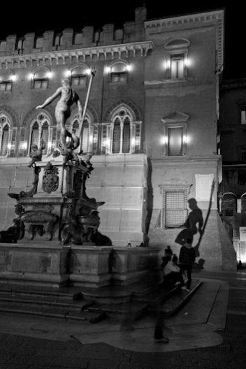 Statua Nettuno Piazza Maggiore Bologna