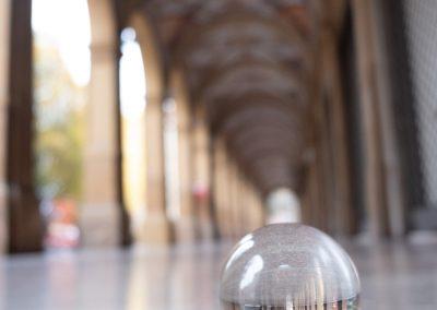 Bologna in una bolla - Piazza Camillo Benso Conte di Cavour - Portici dipinti