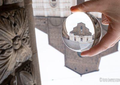 Bologna_in_una_bolla_fotografo_piazza-maggiore-basilica-san-petronio-lensball