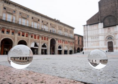 Bologna in una bolla - Palazzo dei Banchi - Piazza Maggiore - Basilica San Petronio
