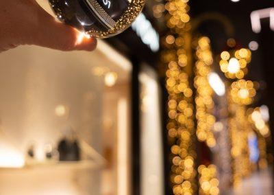 Bologna in una bolla - Galleria Cavour - Louis Vitton - Addobbi e luci natalizie