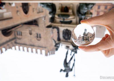 Bologna in una Bolla - Piazza Maggiore - Fontana Nettuno